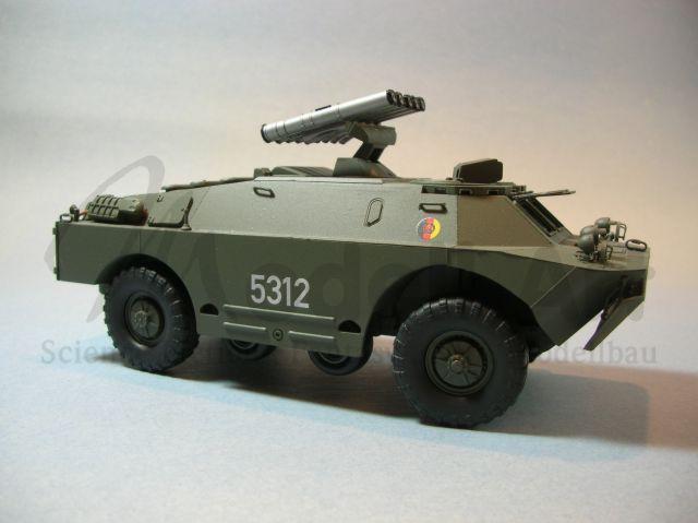 1:87 H0 SPW-40P Startfahrzeug 2P32 2K8 Falanga BRDM-1 1957 NVA UdSSR